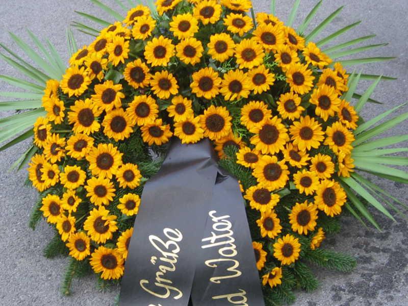 36 Trauerkranz Sonnenblumen