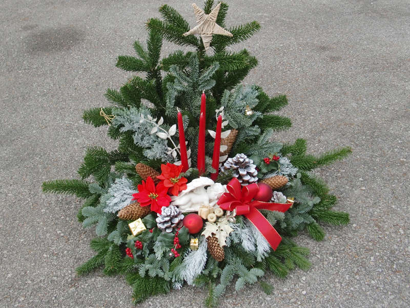 6 Weihnachtsgesteck rot